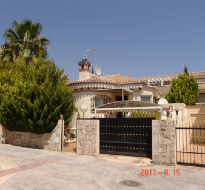 1888 - Villa - Playa Flamenca - Costa Blanca
