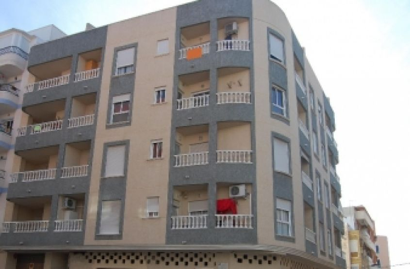1762- Beach Apartments - Torrevieja - Costa Blanca