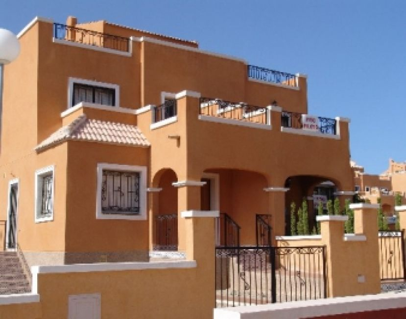 1559 - PRICE REDUCED - Townhouse - Torrevieja - Costa Blanca