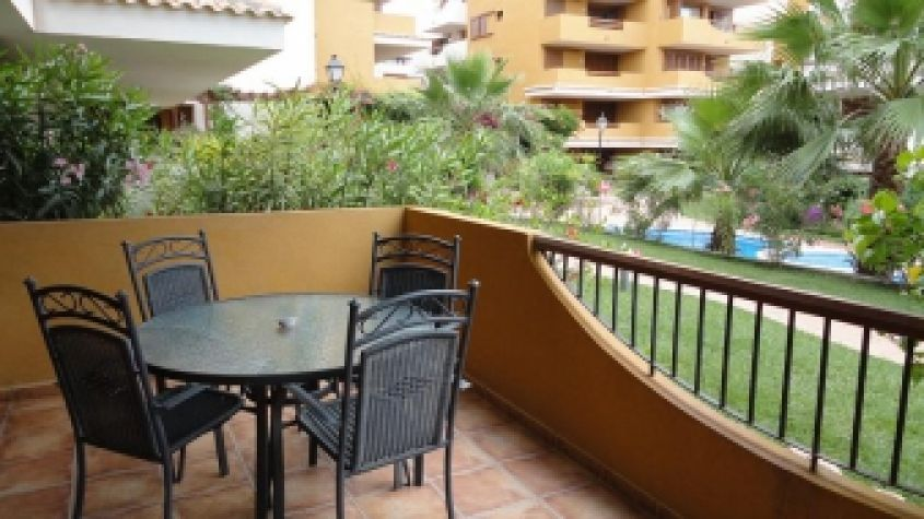 1860 - Apartment for rent - Punta Prima - Costa Blanca