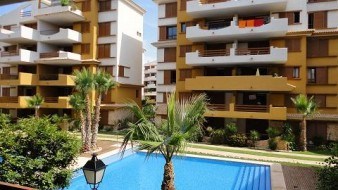 1854 - Rent an apartment in the first line of the sea - Punta Prima - Costa Blanca